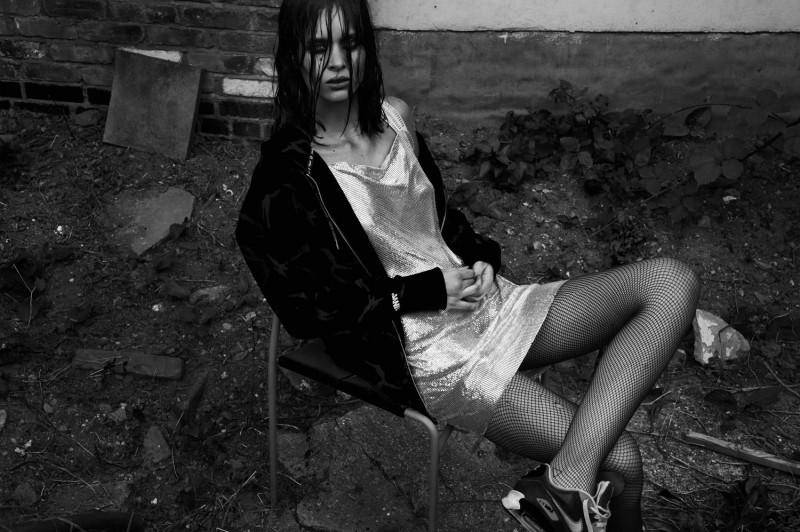 Leica-S-Magazine-Digital-Feature-Julia-Kiecksee-Strangers-12