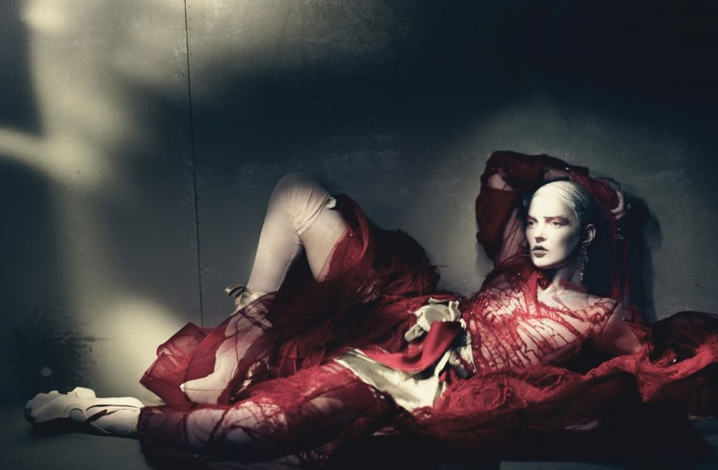 kate-moss-couture-7